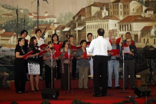 """Coral formado por associados da CMSP """"Vozes de Macau"""""""