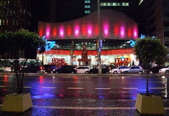 Shopping Center 3 ao lado da Rua Augusta