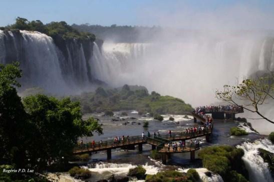 As cataratas de Foz de Iguaçu, lado brasileiro, em Dezembro de 2012