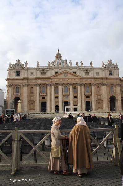 uma imagem da Basílica de São Pedro