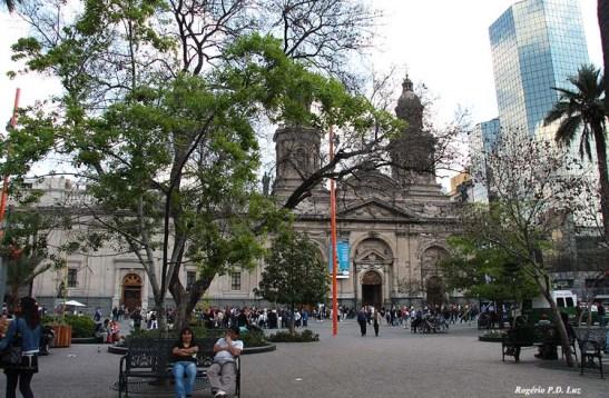 Fica localizada na Plaza (praça) de Armas