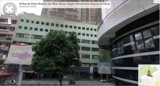 O local do Império em frente, e à direita o Banco Delta Asia, antigas «Obras Públicas»