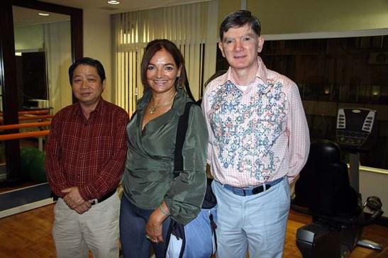 A APOMAC, associação de aposentados e pensionistas de Macau, com seu dirigente Francisco Macau, a Mia, e me desculpe, não tenho o nome do colega que estudou no Seminário (?), o primeiro à esquerda.