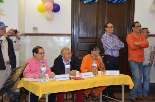 Houve eleição da melhor fantasia com o júri composto por Sebastião Rosa, 1º à esquerda, José Rocha Dinis e Paulo ... (?)