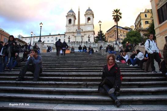 Ir a Roma e não sentar nas famosas escadarias da Piazza di Spagna, o seu passeio não foi completo.