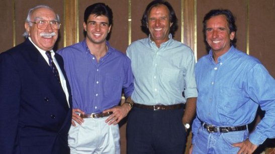 """""""Barão"""" Wilson Fittipaldi com o neto Christian, e filhos Wilsinho e Emerson"""