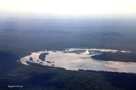 Vita aérea das Cataratas de Iguaçú pouco antes do pouso da aeronave