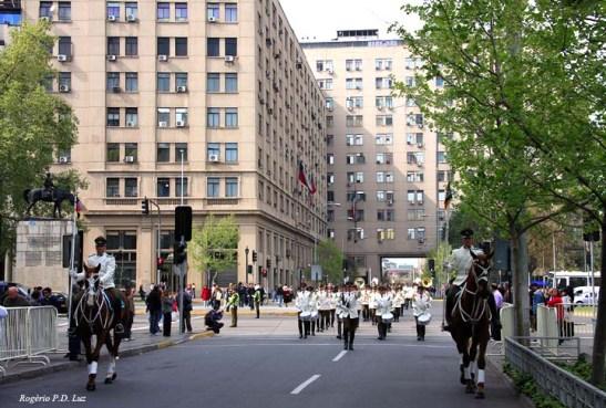 O início do desfile da nova Guarda, que acontece de 2 em 2 dias rigorosamente às 10 horas