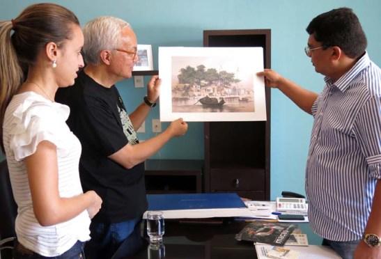 Apresentar o Templo A-Má ao Prefeito Kerginaldo Pinto, origem de nome das duas Macau (foto Mia Luz)