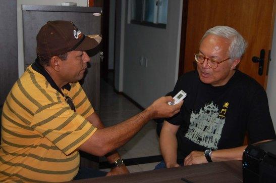 Entrevista concedida à emissora da rádio local