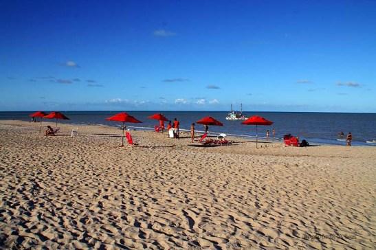 Praia de Tambaú em pleno feriado prolongado de Corpus Christi estava tranquila e com pouca gente