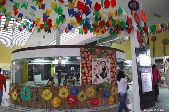Posto de informações aos turistas no Centro Turístico onde se pode colecionar boa quantidade de folhetos trísticos