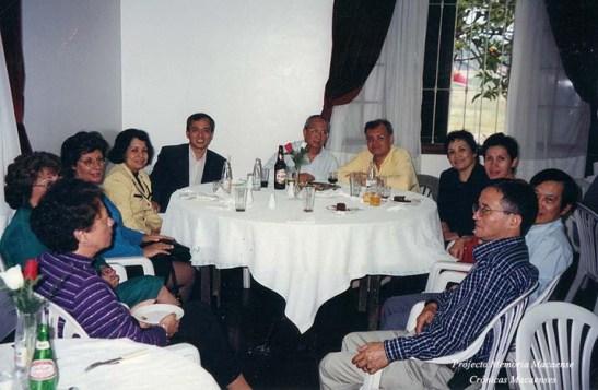 Almoçou rodeado de amigos e conterrâneos com muita conversa sobre Macau