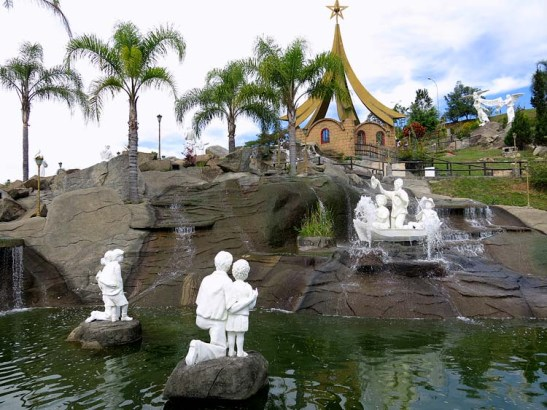 Santuario NS Aparecida Morro Presepio (06)