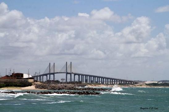 Ponte Newton Navarro vista da Areia Preta