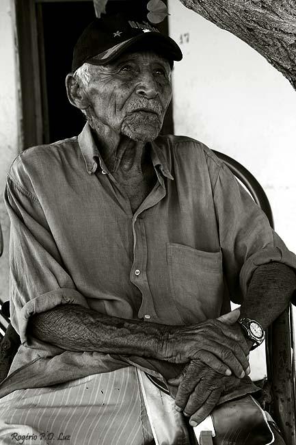 Sr. João, um antigo pescador com muitas história para contar