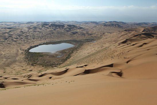 China Deserto de Badain Jaran (202 wikipedia Sjoerd van Oort)