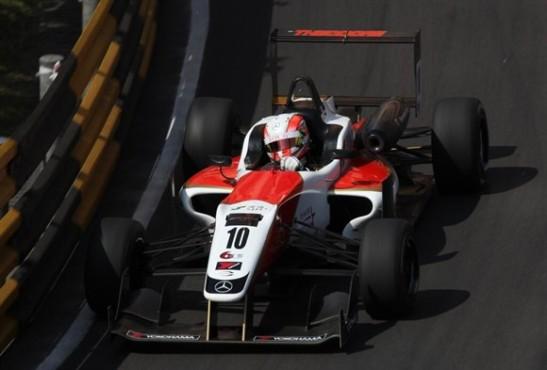 GP Macau 2013 F3 corrida.Alex Lynn (2)