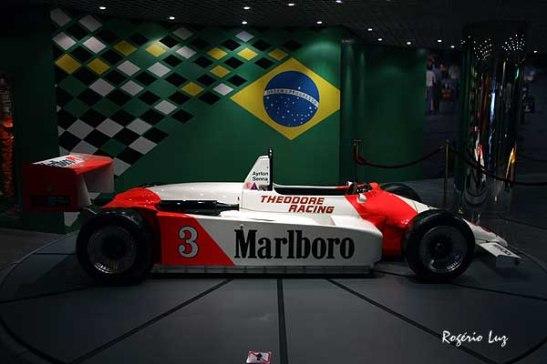 GP Macau 2013 Senna no museu (02)