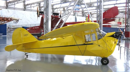 O pequeno avião civil Aeronca C3 dos EUA de 1935.