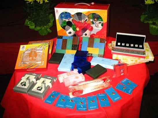 Souvenirs das Olimpíadas Beijing 2008 foram doadas para sorteio entre os associados