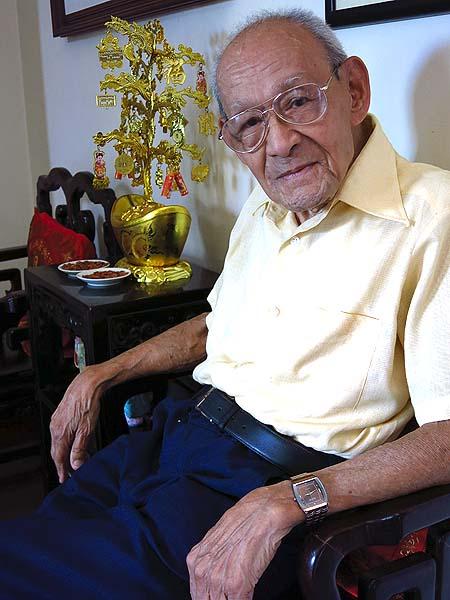 Ruy de Senna Fernandes com seus 95 anos esbanjava vitalidade, disposição e boa conversa, de dar inveja.