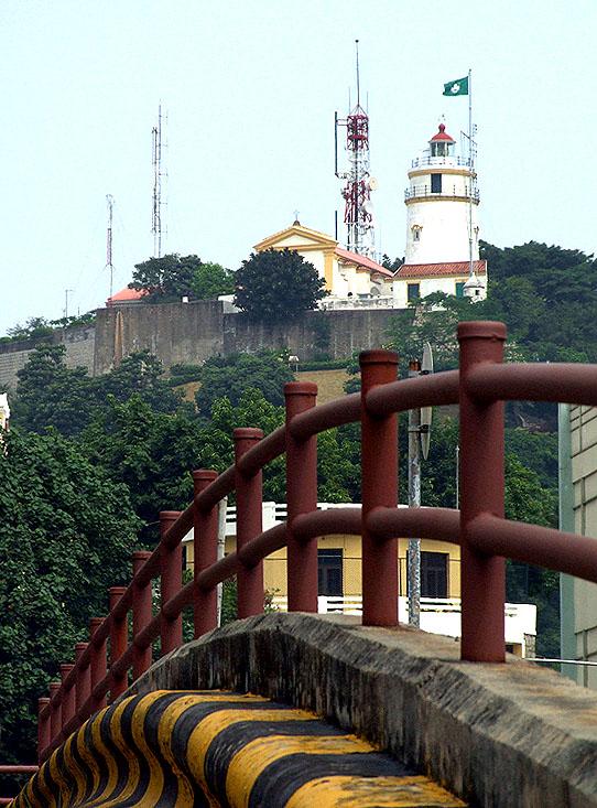 GUIA (é a colina do Farol da Guia)