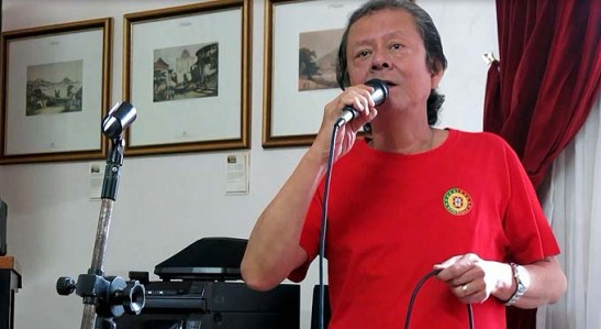 "Rigoberto Rosário Jr. canta ""Olá Macau"""