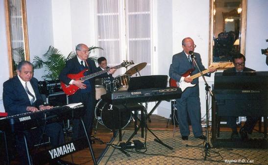 Conjunto The Rockers. Formação em 2003 tocando no Clube Militar. Em memória dos integrantes que já estão descansando em paz