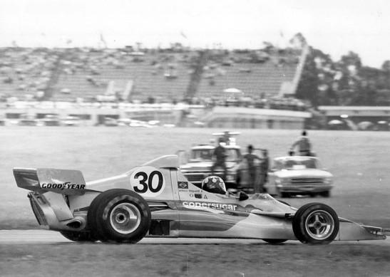 A estreia no GP de Argentina em 1975