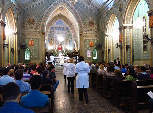 Igreja Divino Espirito Santo Missa Quinta Feira Santa 2014 (03)