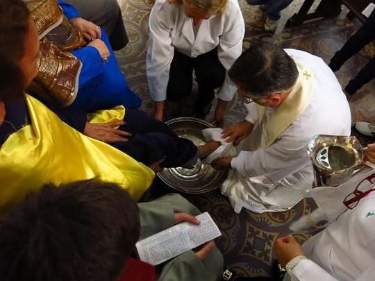 Igreja Divino Espirito Santo Missa Quinta Feira Santa 2014 Lava Pés (04)