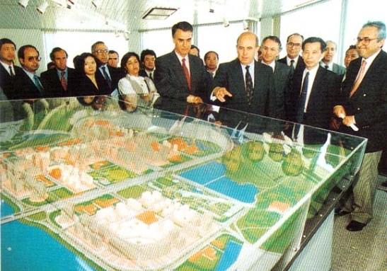 Cavaco Silva Macau 1994 (04)