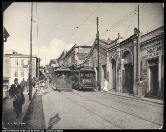 Rua São João no início do século XX. Publicada no grupo por Edson Amaral.