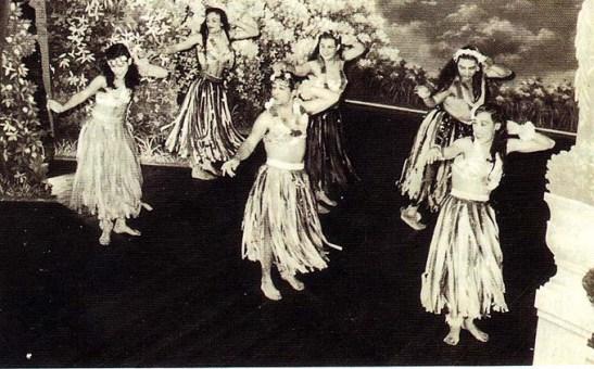 Hula-hula de travestis, anos 60