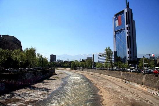 Chile Santiago Rio Mapocho (01)