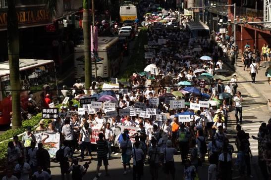 O protesto contra o governo local que deu início à Primavera Sino-Macaense. Foto de Manuel Cardoso/Macau