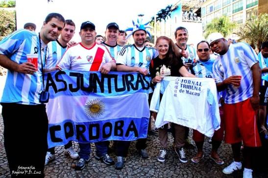 A Mia estava lá e marcou a presença de Macau no Fan Fest da Copa do Mundo Brasil 2014