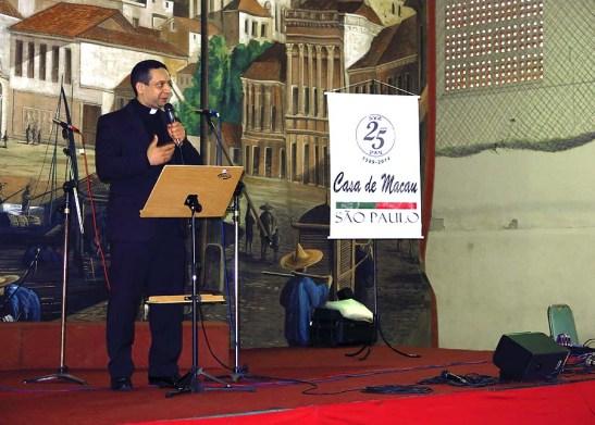 O sacerdote e diretor de um Seminário da região da CMSP deu a sua benção