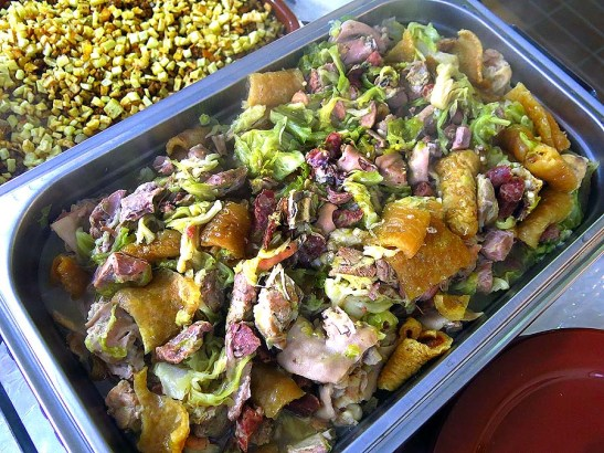 O tacho (chau chau pele) da gastronomia macaense, foi o prato principal da festa