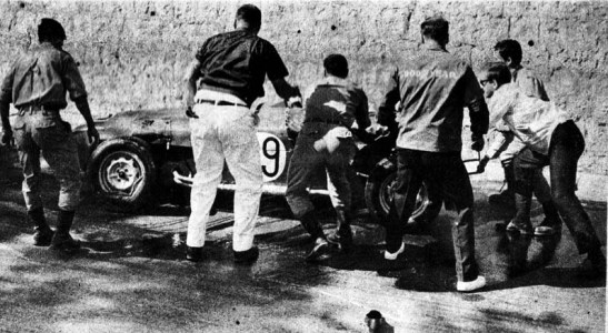 GP Macau 1966 Lotus super 7 #29 (03)