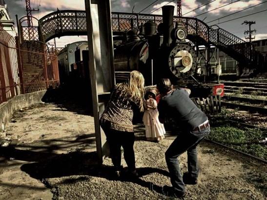 Você pode alugar trajes do início do século 20 (no Museu da Imigração) e tirar fotos ao lado do trem, tudo em nome da nostalgia