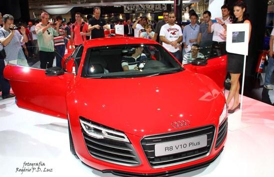 Audi R8 V10 Plus (01)
