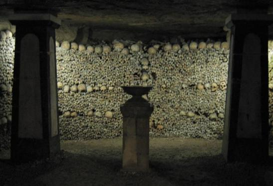 Cripta da Lâmpada do Sepulcro das Catacumbas de Paris (Wikimedia Commons)