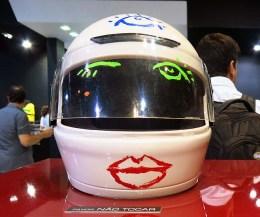 Salão Automoveis 2014 homenagem Ayrton Senna capacete Priscila Fantim (03)