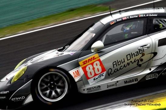 (a) Porsche 911 RSR #88 (02)