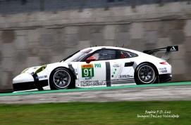 (a) Porsche 911 RSR #91 (01)