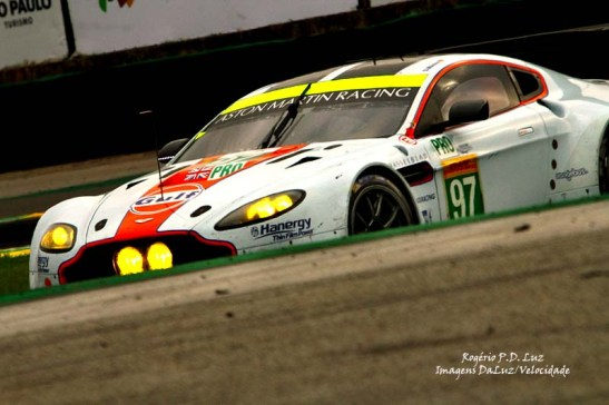 Aston Martn #97 (01)