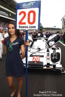Na pole position largou o Porsche 919 nº 20 de Timo Bernhard, Mark Webber e Brendon Hartley