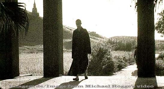 Monastério budista Po Ling na Ilha de Lantau em 1951